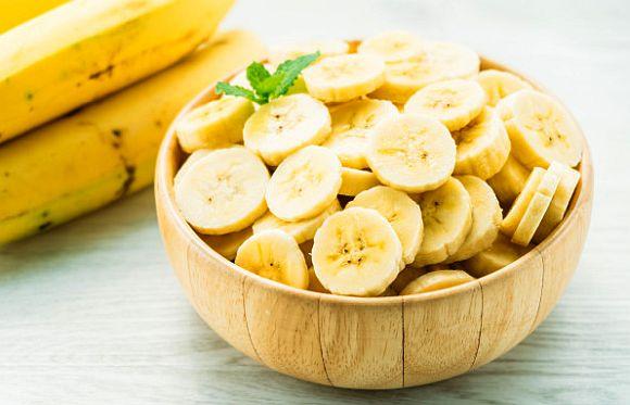 Cate calorii are o banana